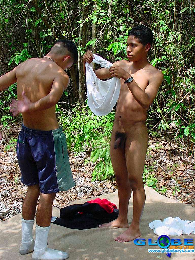 gay outdoor red pics