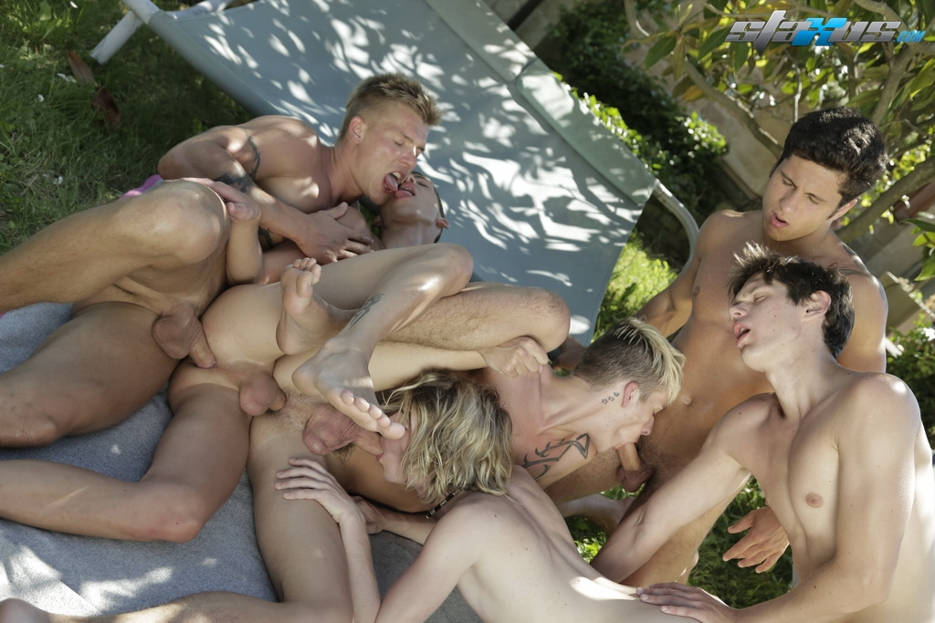Very hot bisexual mmf hot girl former young marine types - 3 8